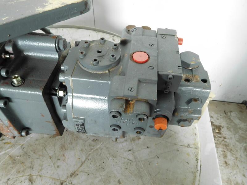 LMV100