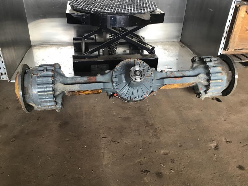 ZF Axle - Used Liebherr parts at Grovema