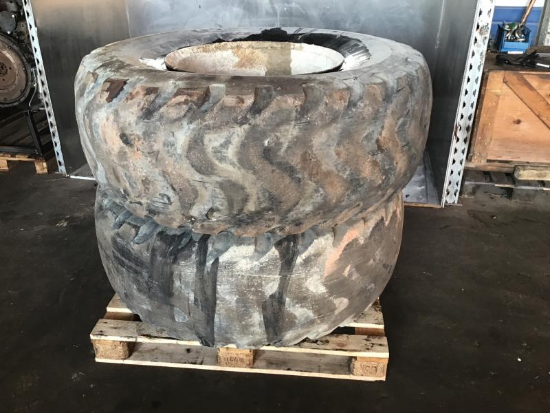 Air Tire 20.5/80R25