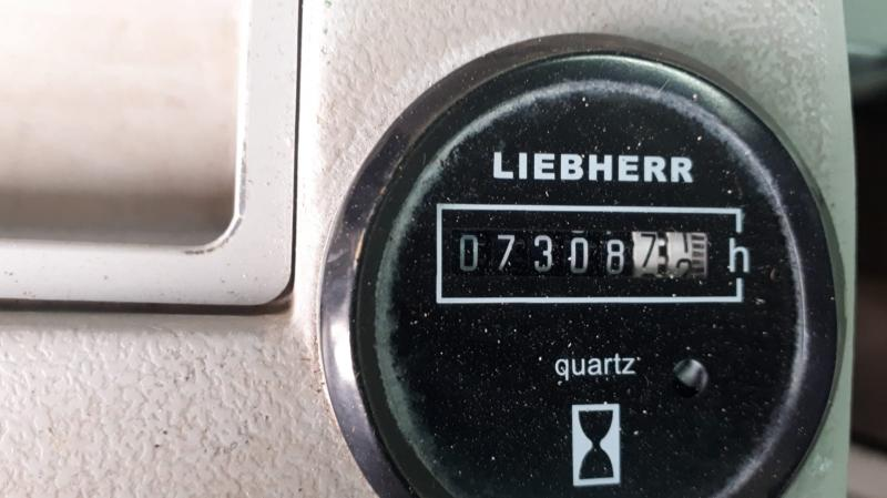 Liebherr R926 LC